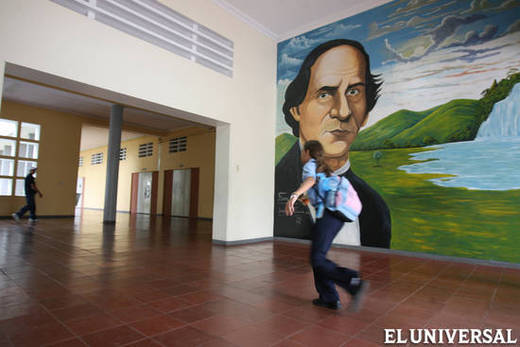 Según el Censo 2011, 25% de los venezolanos entre 13 y 17 años no están inscritos en el sistema VENANCIO ALCAZARES